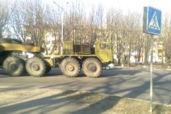 Військова техніка на вулицях міста!(ВІДЕО)
