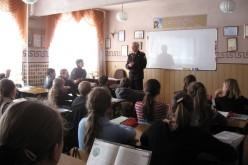 Рятувальники навчали учнів