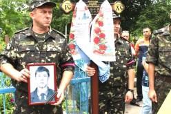 Павлоград попрощався із ще одним Героєм.
