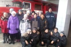 Павлоградські школярі сіли за кермо пожежних автомобілів