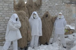Павлоградські майстрині шиють для бійців костюми-«кікімори»