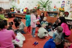 Павлоградські підлітки влаштували свято для малечі