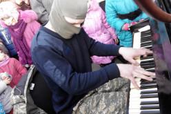 Піаніст Екстреміст відіграв у Павлограді (ФОТО і ВІДЕО)