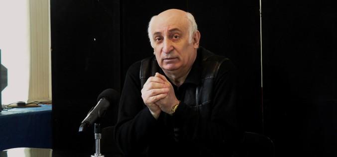 Анатолий Рева продолжит быть директором театра
