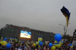 Суботнє віче у Дніпропетровську: сотник Парасюк, Ляшко, Руслана та багато інших (ФОТО)