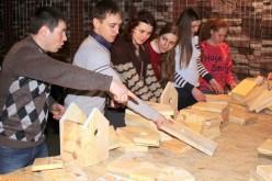 У Павлограді провели майстер-клас по виготовленню будиночків для птахів (ФОТО)
