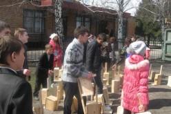 У Богуславі школярі виготовили більше сотні шпаківень