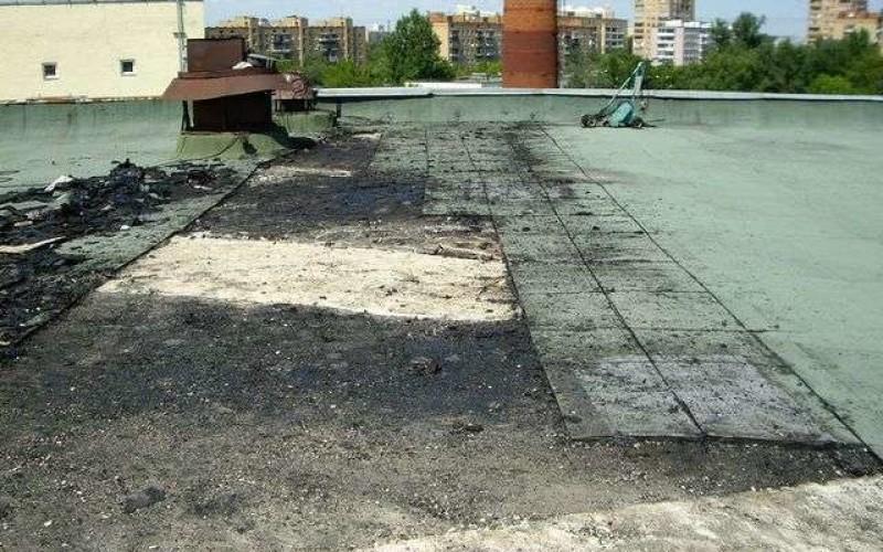 В Павлограде отремонтировали кровли 4 жилых домов