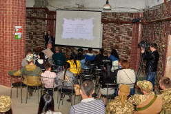 У Павлограді показали документальні фільми про військових і волонтерів (ФОТО)