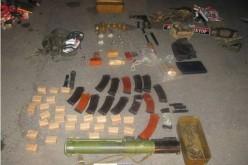 Автомобіль з арсеналом зброї  рухався у Павлоград