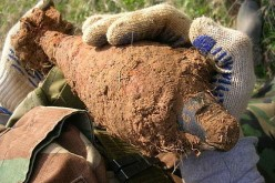 В Павлограде прохожий нашел старый артиллерийский снаряд