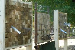 В Павлограде прошли соревнования по метанию ножей