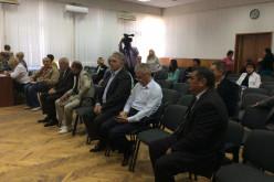 Избирком выдал удостоверения кандидатам в мэры Павлограда (ВИДЕО)