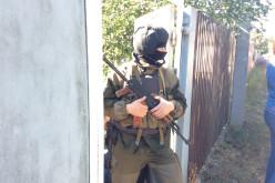 Во время обысков в Павлограде изъяли гранаты и огнестрельное оружие