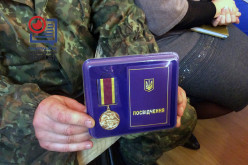 В Павлограде 15 участников АТО наградили медалями