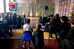 В реабилитационном центре прошёл концерт «Дети — детям»