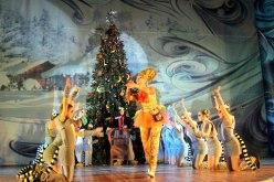 Начались новогодние концерты для павлоградской детворы
