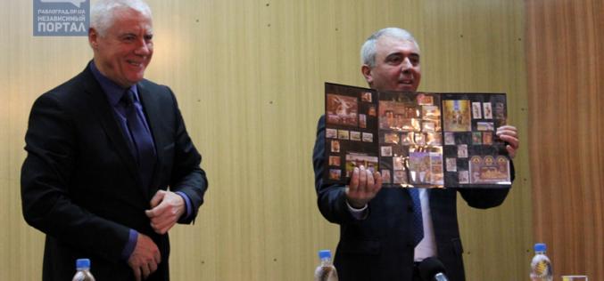 Мэр Павлограда обратился к «Укрпочте» с предложением… переехать