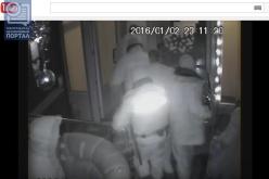 В сети появилось видео задержания в ночном клубе Павлограда