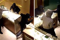 Павлоградские полицейские задержали мужчин, ограбивших ювелирный магазин на 2 млн грн
