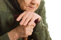 Участникам АТО предлагают доверить пожилых близких терцентру