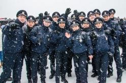 Почти тысяча патрульных полицейских приняли присягу в Днепропетровске (ФОТО и ВИДЕО)