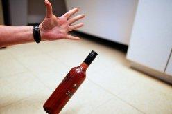 Перед Новым годом мужчина украл из супермаркета 10 бутылок коньяка
