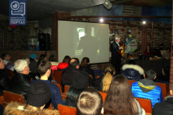 В Павлограде звучали стихи и песни Высоцкого (ВИДЕО)