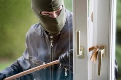 В Павлограде злоумышленник вынес из квартиры набор инструментов