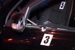 На Павлоградщине неизвестный расстрелял автомобиль предпринимателя