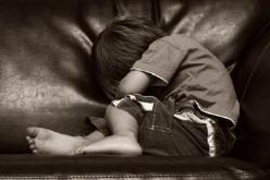 Из-за равнодушия матери ребенок страдает от неизлечимой болезни