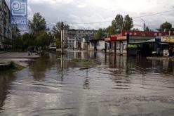 Венеция по-павлоградски: улицу Западнодонбасскую снова затопило (ФОТО)