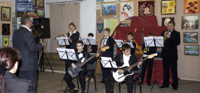 Эстрадному оркестру музыкальной школы №3 — 10 лет!