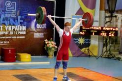 Тяжелоатлет из Павлограда завоевал золото на Чемпионате Украины и стал восьмикратным рекордсменом