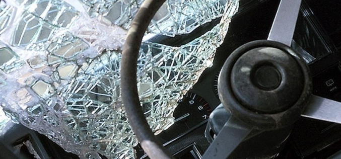 Вблизи с. Булаховка столкнулись легковик и грузовик