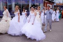 В торговом комплексе «Олимпии» звучал свадебный марш