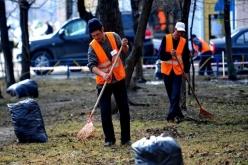Мэр Павлограда предлагает дворникам выходить на работу с 3 часов ночи