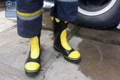 Павлоградским пожарным приобрели 48 пар сапог по 76 евро