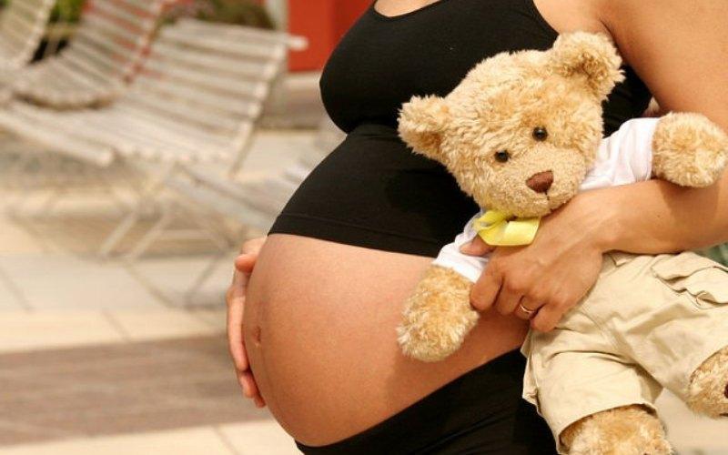 В Павлограде две девочки до 14 лет стали мамами