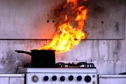 Из-за пригоревшей еды павлоградец едва не  угорел