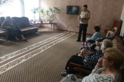Пожилым жителям Павлоградского терцентра напомнили о правилах безопасности