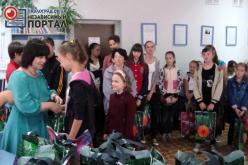 80 детей получили ко «Дню знаний» бесплатные канцтовары
