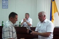 Начальник отдела семьи, молодежи и спорта Павлограда получил знак отличия Федерации футбола Украины