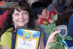Волонтеры и воины АТО поблагодарили своих помощников из Павлограда шевронами