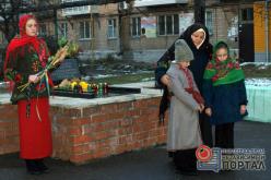В Павлограде прошли митинги памяти жертв Голодомора (ФОТО)