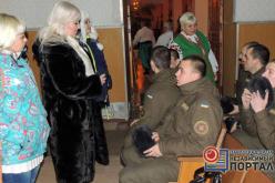 В воинскую часть приезжали волонтеры и народный хор