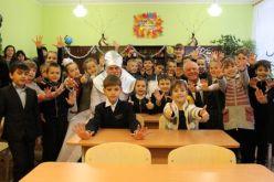 Святой Николай исполнил мечту школьников