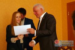 Будущим предпринимателям вручили сертификаты об окончании курсов бизнес-планирования (ФОТО)