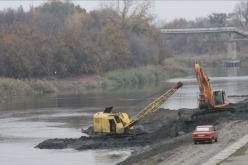 Павлограду выделят средства на расчистку речки Волчья