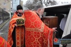 В Павлоград прибыли мощи, которые помогают солдатам и силовикам